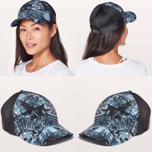Lululemon Dash and Splash Hat